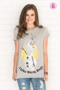 Heather grey Olaf graphic t-shirt. OH je le veux tellement ! Girl Outfits, Cute Outfits, Fashion Outfits, Womens Fashion, New Trends, Latest Trends, T Shirts For Women, Clothes For Women, Olaf