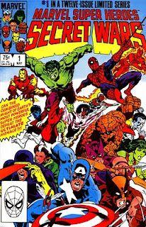 """Estos comics son nada mas y nada menos que los llamados """"megaeventos o eventos"""". ¿Pero cuales fueron sus inicios?. Una de las primeras sagas que puede considerarse como """"evento"""" fue SECRETS WARS, en cual como muchos saben los superheroes de Marvel se enfrentaron cara a cara a causa de un extraño ser que quería probar sus naturalezas de fuerza y pelea. SW tuvo enormes efectos en las series de comics de SPIDER-MAN por ejemplo, donde se creo el famosísimo traje negro."""