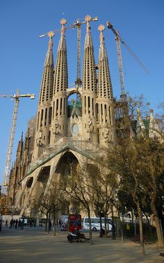 Why don't we hear more about Sagrada Familia, Barcelona?