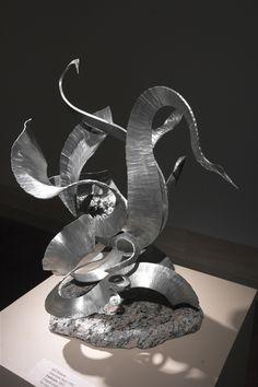 Custom Design Metal Arts by Bill Roberts, Artist Metalsmith. Sculpture Gallery