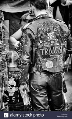 Stock Photo - Rockers leather jackets covered in studs, patches and badges. Ton up Day, Jacks Hill Cafe, Northamptonshire, England. Biker Leather, Leather Men, Motorcycle Clubs, Motorcycle Jackets, Motorcycle Garage, Custom Leather Jackets, Cafe Racing, Cafe Racer Build, Triumph Motorcycles
