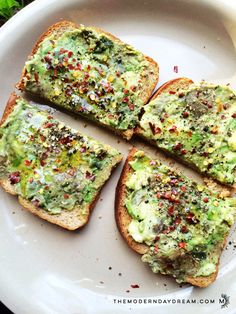 This toast is bomb. You're welcome in advance. It's perfect for anytime. Healthy snack while studying. Pre-workout fuel. Afternoon pick-me up. Fast. Easy. Delish. Just the way I like it. ∆ Avocado Toast 2 slices of Non-gmo Organic Bread 1/2 Avocado 1 tbsp EVOO spices (garlic powder, red pepper flakes, pepper, dash sea salt) 1. Mash avocado. … … Continue reading →