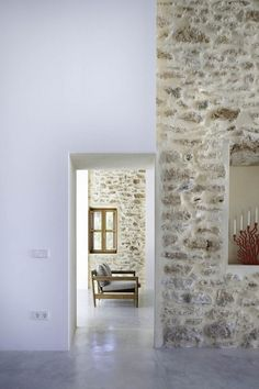Can Manuel d'en Corda is a contemporary remodel and extension of a traditional stone wall house by Marià Castelló Martínez, on Formentera Island, Spain. Architecture Renovation, Architecture Details, Mediterranean Architecture, Roof Architecture, Architecture Interiors, Scandinavia Design, Interior And Exterior, Interior Design, Interior Stone Walls