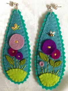 Large Merino Wool Felt Earrings by BestlaChan on Etsy – 2019 – Wool Diy – Earrings 2020 Felt Crafts Diy, Felt Diy, Fabric Crafts, Fall Crafts, Felt Embroidery, Felt Applique, Embroidery With Beads, Textile Jewelry, Fabric Jewelry