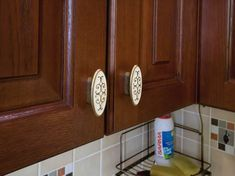 Дизайн угловой кухни 6 кв.м. из массива дуба с патиной Kitchen Room Design, Kitchen Cabinets, House, Home Decor, Design Of Kitchen, Decoration Home, Home, Room Decor, Cabinets