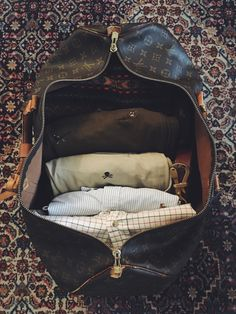 ✸This Old Stomping Ground✸, happypreppy: Notorious BAG. New England Prep, New England Style, Patagonia Outfit, Patagonia Clothing, Best Travel Luggage, British Style Men, Ivy League Style, Young And Rich, Brown Knee High Boots