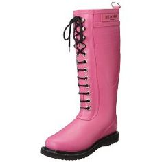 These Ilse Jacobsen #PinkRainBootsforWomen are just gorgeous - LOVE the color!