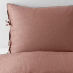 IKEA - PUDERVIVA, Quilt cover and pillowcase, dark pink, The natural fibres in linen create subtle variations in the surface which gives your bedlinen a distinctive texture and matte lustre. Decorative ribbons keep the quilt and pillow in place. Ikea Duvet Cover, Rose Duvet Cover, Duvet Covers, King Duvet, Queen Duvet, Dix Blue, Tie Pillows, Pink Bedding, Comforter Sets