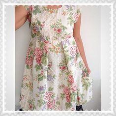 #floral #sheets #upcycled to a #dress  #vestido #recycledmaterial #recycledfabrics #recycle #recycled #reciclaje #reciclajecreativo #reciclajeconestilo #hechoamano #handmade #sewing #coser #style  #sustainable #sustainableliving #sustanible #sustaniblefashion #vhga #upcycle #reuse #oneofakind #piezasunicas #unique #granalacant Reuse, Upcycle, Recycled Fabric, Recycling, Fabrics, Sewing, Unique, Floral, Handmade