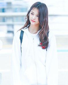 Tzuyu Cute Korean Girl, Korean Girl Groups, Twice Tzuyu, Twice Korean, Chou Tzu Yu, Stylish Girl Images, Jennie Blackpink, Girls Image, Beautiful Asian Girls