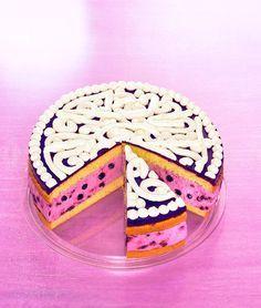 Heidelbeer-Joghurt-Torte -  Eine cremige Torte mit Waldheidelbeeren für die Kaffeetafel