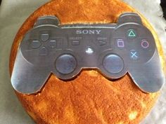 Manette PS3 tutoriel – Délices et Pâtisseries Playstation Cake, Xbox Cake, 10th Birthday, Birthday Cake, Birthday Ideas, Manette Ps3, Fondant Bow, Cakes For Boys, Cake Tutorial