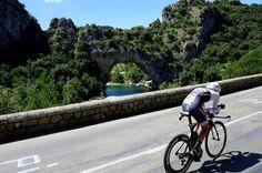 Tour de France 2016 - 15/07/2016 - Etape 13 - Bourg-Saint-Andéol/ La Caverne du Pont-d'Arc (37,5 km) - Peter STETINA (TREK-SEGAFREDO) devant le pont d'Arc © ASO/B.Bade