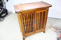 Kijiji: buffet-cellier en bois massif - 180$