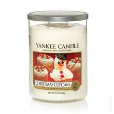 Yankee Candle: Christmas Cupcale #YankeeCandle #StopAndSmell.  This smells so good.