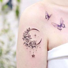 Dove Tattoos, Star Tattoos, Mini Tattoos, Body Art Tattoos, Sleeve Tattoos, Celtic Tattoo For Women, Feminine Tattoo Sleeves, Tattoo Mond, Purple Tattoos