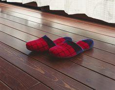 A Pair of Slippers | Takashi Yasumura