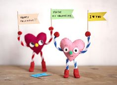 DIY Valentines Cards For Kids - Pipe Cleaner People