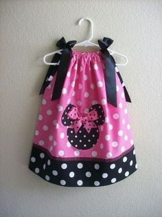 minnie mouse pillow case dress i see this in my sewing future Little Girl Dresses, Little Girls, Girls Dresses, Sewing For Kids, Baby Sewing, Vestidos Minnie, Kind Mode, Sewing Hacks, Sewing Ideas