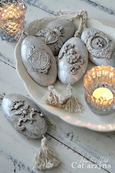 Cat-arzyna: My Christmas Baubles and Ornaments Rock Crafts, Diy Crafts To Sell, Fun Crafts, Christmas Baubles, Christmas Crafts, Iron Orchid Designs, Paperclay, Home And Deco, Mold Making