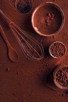 FOOD: Chocolate on Behance Café Chocolate, Chocolate Color, Chocolate Recipes, Homemade Hot Chocolate, Blueberry Scones, Vegan Blueberry, Brown Aesthetic, Aesthetic Food, Cake Wallpaper