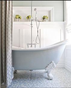 Clawfoot Tub Small Bathroom Design, Pictures, Remodel, Decor and Ideas Clawfoot Tub Bathroom, Wainscoting Bathroom, Bathroom Flooring, Small Bathroom, Bath Tub, Claw Bathtub, Penny Flooring, Tile Flooring, Small Bathtub