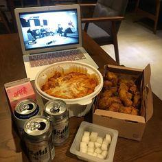 Korean Street Food, Korean Food, Asian Recipes, Real Food Recipes, Food Porn, Good Food, Yummy Food, Think Food, Food Goals