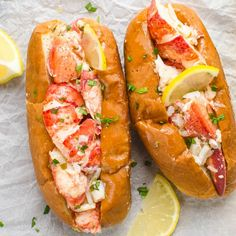 As classic lobster rolls go, you've got this delicious alternative - these Warm Lemon Butter Lobster Rolls (aka Connecticut-style lobster rolls). straight from the cooker Maine Lobsters. & I love tarragon with seafood. Lobster Roll Recipes, Fish Recipes, Seafood Recipes, Great Recipes, Cooking Recipes, Favorite Recipes, Lobster Rolls, Healthy Recipes, Lobster Meat