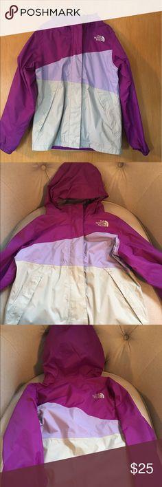 Girls north face jacket size 7/8 Light weight north face jacket with hood The North Face Jackets & Coats Raincoats