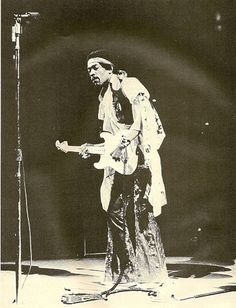 Jimi Hendrix live in New York, Madison Square Garden, 18 May 1969 | Flickr - Photo Sharing!