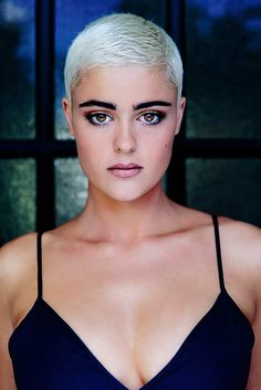She's amazing. Love to see her rocking every short hairstyle from a pixie to a bald head. Super Short Pixie, Edgy Short Hair, Short Hair Cuts, Short Hair Styles, Short Pixie Haircuts, Short Hairstyles For Women, Hairstyle Short, Corte Y Color, Sassy Hair