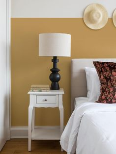 """How We Used It The Paint India Yellow, Farrow & Ball """"A goldenrod shade that e… Wie wir es benutzten. Warm Paint Colors, Yellow Paint Colors, Bedroom Paint Colors, Wall Colors, Neutral Paint, Vibrant Colors, Farrow Ball, Living Room Paint, My Living Room"""