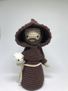São Francisco de Assis em crochê. Produto feito a mão