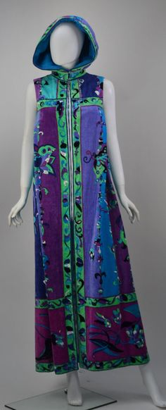 """1970's Pucci Hooded Kaftan """"Cover Up"""" image 2"""