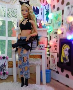 Image may contain: 1 person, standing and indoor Doll Clothes Barbie, Vintage Barbie Dolls, Doll Clothes Patterns, Barbie Camper, Barbie House, Barbie Tumblr, Barbie Top, Barbies Pics, Doll Videos