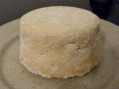 Fromage maison..le retour Fromage Vegan, Fromage Cheese, Queso Cheese, Chefs, French Cheese, Homemade Cheese, Vegetable Drinks, How To Make Cheese, Special Recipes