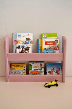 Pink shelf | Cocinas de juguete Macarena Bilbao