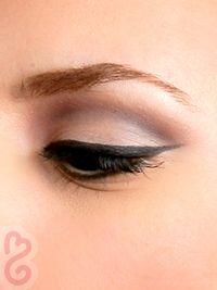 60s Style Eye Makeup