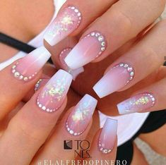 Amazing Nail Art Made Using Tones Products Fabulous Nails, Gorgeous Nails, Pretty Nails, Get Nails, Love Nails, Hair And Nails, Bling Nails, Fancy Nails, Nails Design With Rhinestones