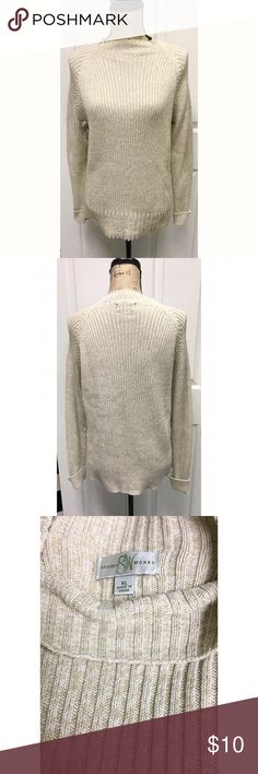 Studio Works Beige Mockneck Sweater size XL Studio Works mockneck cream color sweater size XL in excellent condition. perfect for jeans or dress pants Studio Works Sweaters Cowl & Turtlenecks