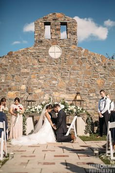 Katia and Brian got married on October 16, 2016