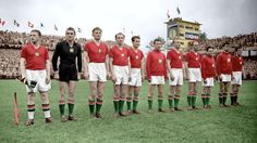 Hungary team line at the 1954 World Cup Finals. Fifa, International Football, World Cup Final, Vintage Football, Team Photos, Big Men, Good Old, Lineup, Hungary