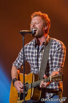 Dierks Bentley at Comcast Arena #Music #Country
