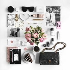 Happy Valentine's day, everyone! Beautiful Lovelay from > @phoebesoup    #Regram via @flatlay_tips
