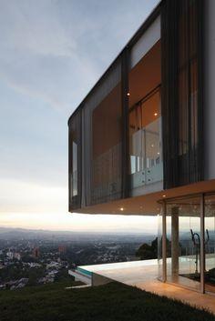 FELIPE ASSADI + FRANCISCA PULIDO _ TOLEDO HOUSE