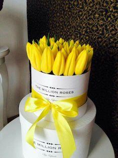 Luxury flowers Box packed