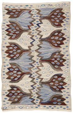 """Blå crocus"". Gobelängvariant. 58,3 x 94,5 cm. Signerad AB MMF AML. (AB Märta Måås-Fjetterström, Ann-Mari Lindbom, gift Forsberg). Komponerad 1945. Textiles, Textile Patterns, Textile Art, Print Patterns, Scandinavian Embroidery, Scandinavian Folk Art, Color Crafts, Tapestry Weaving, Rug Hooking"