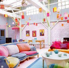 Octobre 2012 Des couleurs à l'intérieur