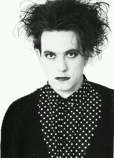 Robert Smith, the way I remember him!  (about Disintegration era, 1989)?