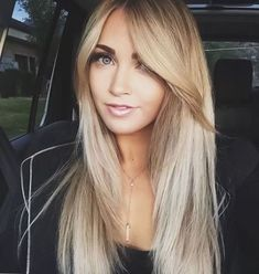 5 Easy Long Bangs Hairstyles for you in 2019 : Have A Look! 5 Easy Long Bangs Hairstyles for you in Hairstyles With Bangs, Pretty Hairstyles, Straight Hairstyles, Long Hair Styles Straight, Easy Hairstyles, Long Fringe Hairstyles, Fru Fru, Long Bangs, Hair Cuts For Long Hair With Bangs